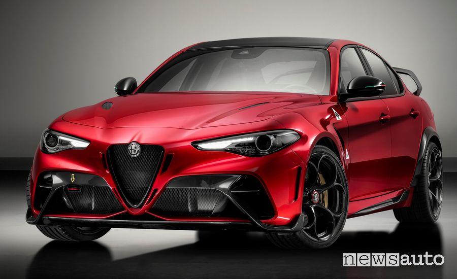Vista di profilo Alfa Romeo Giulia GTAm