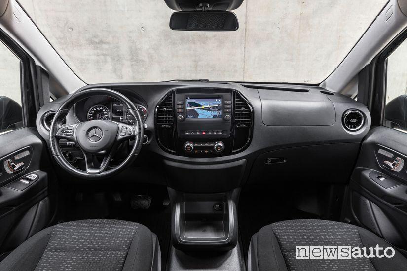 Plancia strumenti abitacolo Mercedes-Benz Vito Tourer 2020