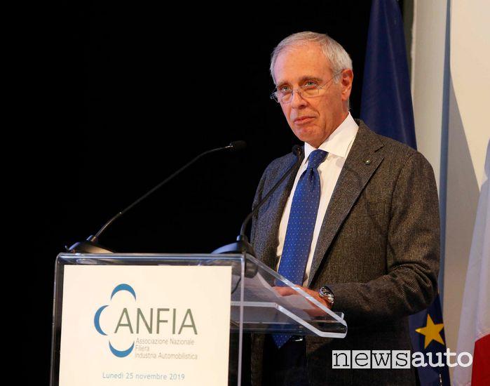 Paolo Scudieri, Presidente di ANFIA, auspica una rapida ripartenza per fronteggiare la crisi dell'auto