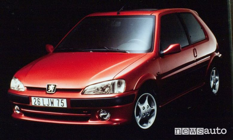 Vista anteriore Peugeot 106 GTI 16V del 1996