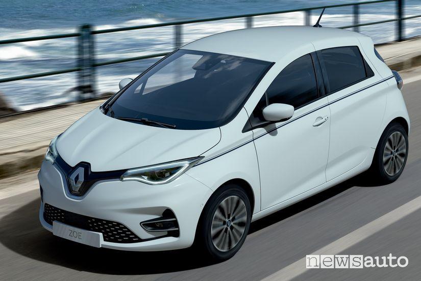 Vista di profilo Renault Zoe Riviera serie speciale bianca