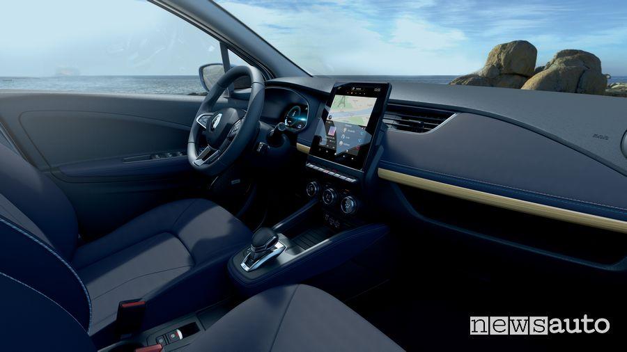 Interni pelle blunavy Renault Zoe Riviera serie speciale