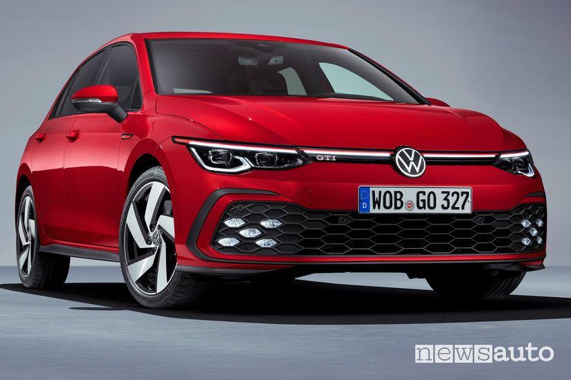 Vista di profilo Volkswagen Golf GTI 8 2020