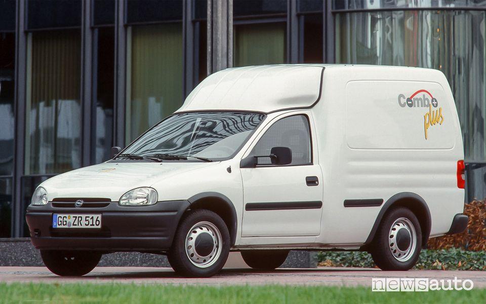 Opel Combo plus elettrico del 1995