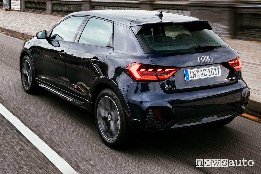Vista posteriore Audi A1 citycarver