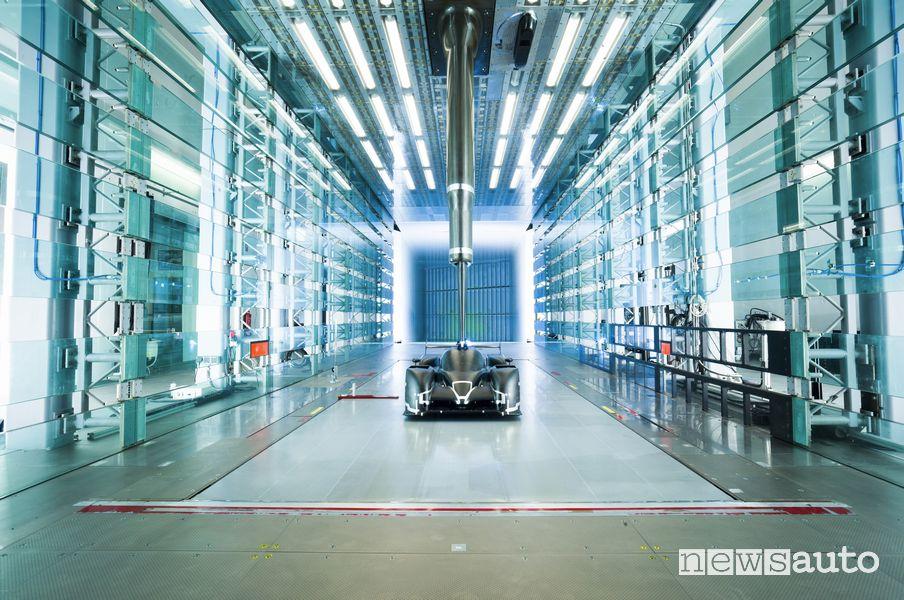 Auto sportive Toyota Gazoo Racing Europe fabbrica di Colonia in Germania