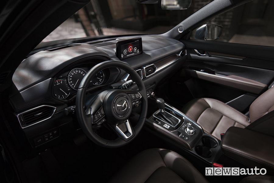 Volante, plancia strumenti abitacolo Mazda CX-5 2020