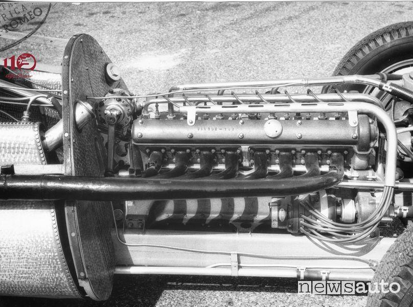 Motore 8 cilindri in linea dell'Alfetta 158 del 1938