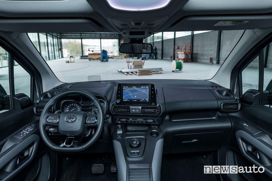 Plancia strumenti abitacolo con 16 vani Toyota Proace City Verso