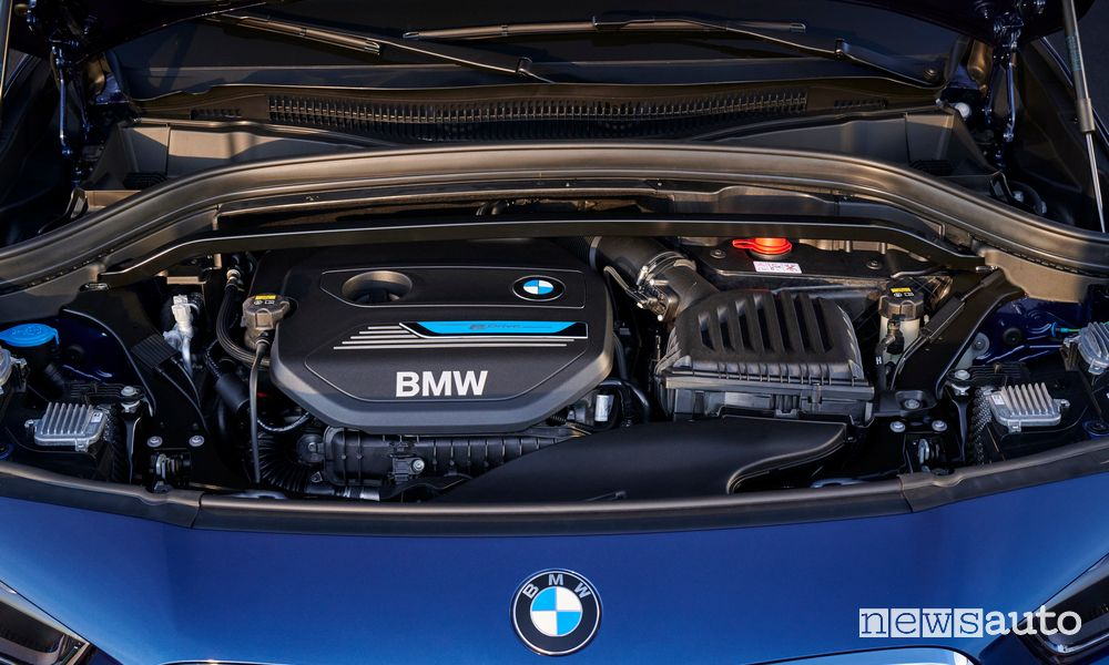 Vano motore ibrido plug-in BMW X2 xDrive25e