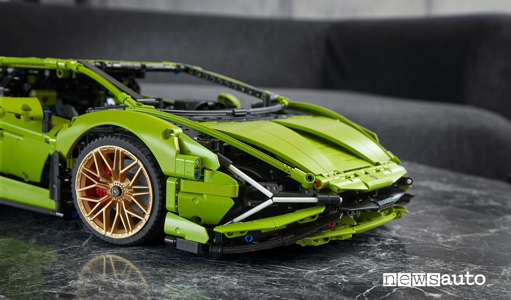 Lamborghini Siàn nella versione Lego auto giocattolo