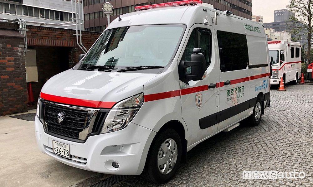 Ambulanza elettrica Nissan NV400