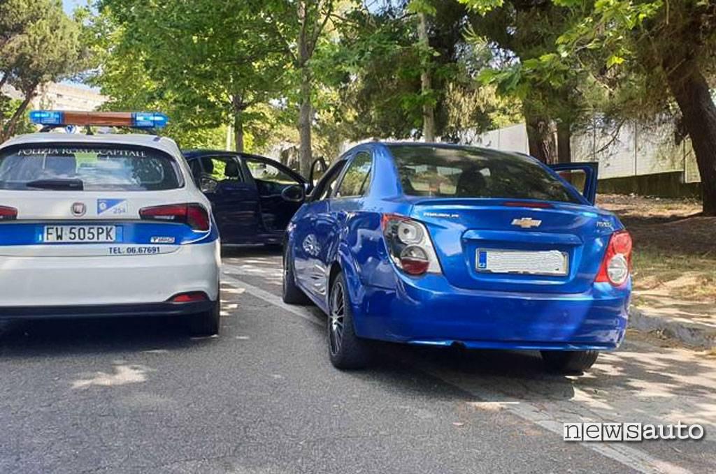 Sequestro auto Chevrolet Avero di 1727wrldstar che ha compiuto delle bravate su strada