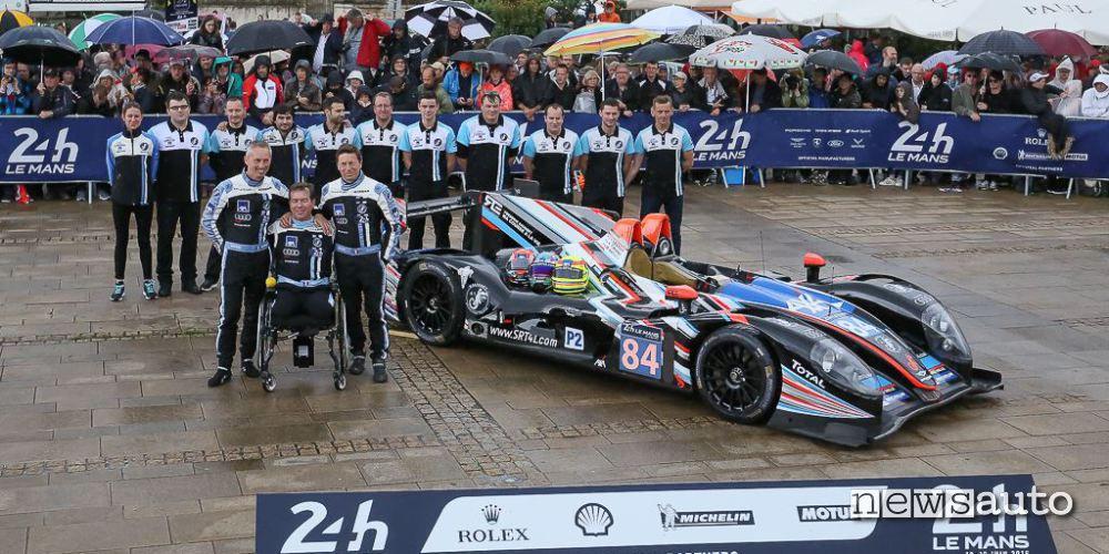 La squadra del team SRT41 Garage 56 di Frédéric Sausset dove corrono  ragazzi diversamente abili.