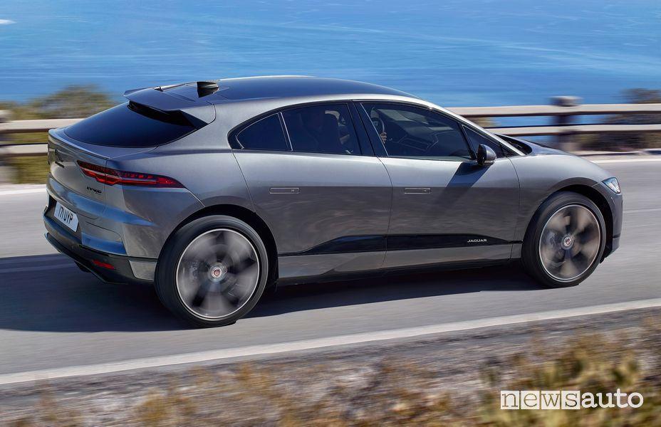 Vista laterale Jaguar I-Pace 2021