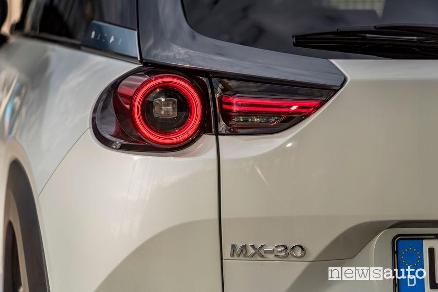 Faro posteriore a led Mazda MX-30 elettrica
