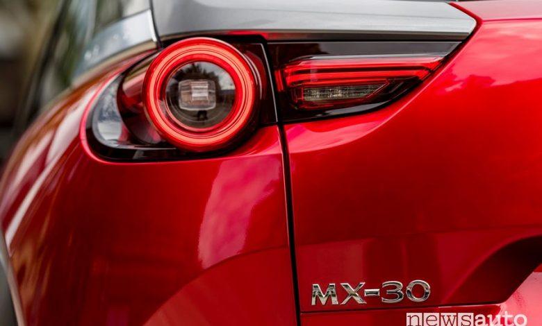 Faro posteriore a led Mazda MX-30 elettrica Soul Red Crystal