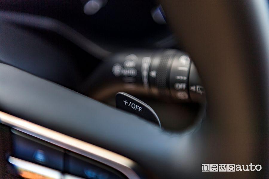 Comando cambio al volante abitacolo Mazda MX-30 elettrica