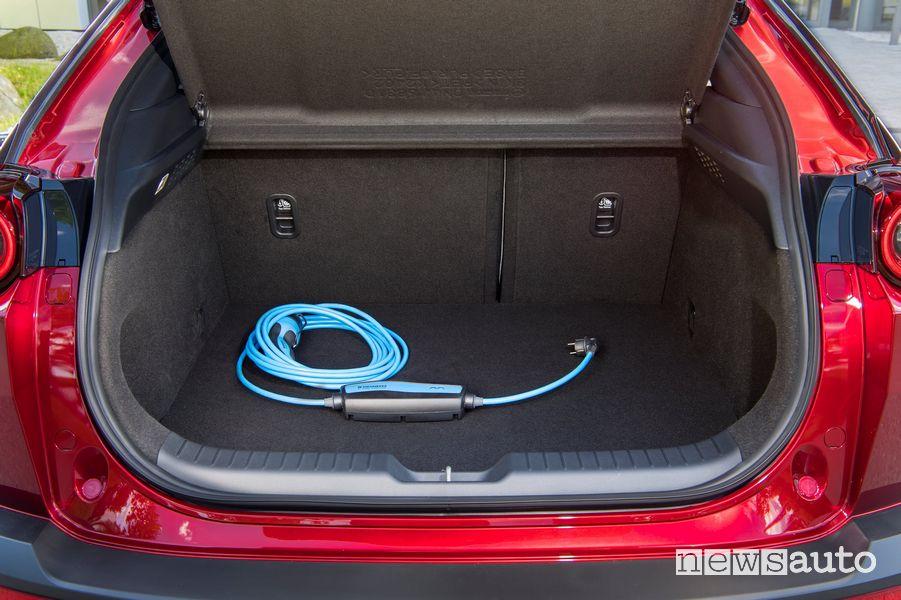 Cavo di ricarica di tipo 2 in dotazione con la Mazda MX-30 elettrica