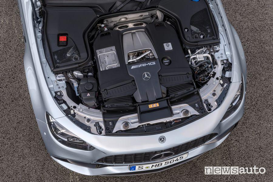 Vano motore V8 biturbo Mercedes-AMG E 63 S