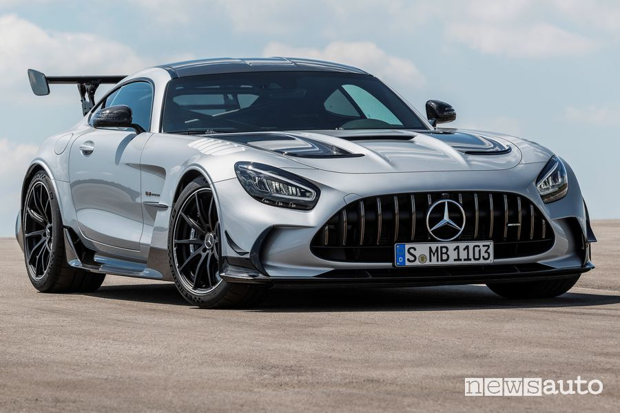 Vista di profilo Mercedes-AMG GT Black Series