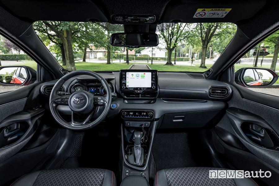 Plancia strumenti abitacolo nuova Toyota Yaris