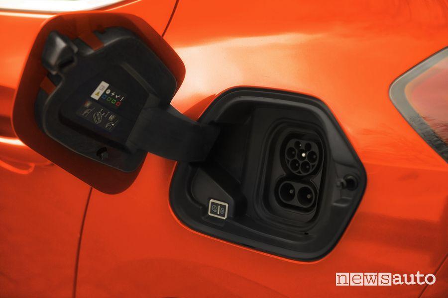 Vano, presa di ricarica Opel Corsa-e elettrica Orange