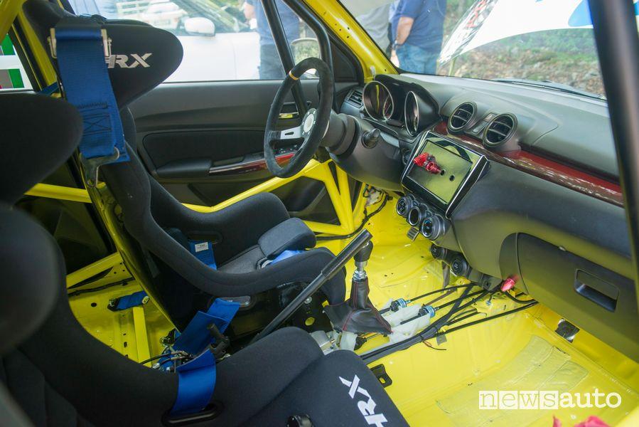 Sedile pilota abitacolo Suzuki Swift Sport Hybrid R1