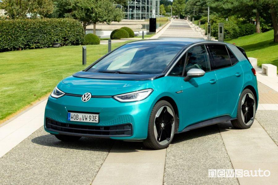 Vista di profilo Volkswagen ID.3 1ST