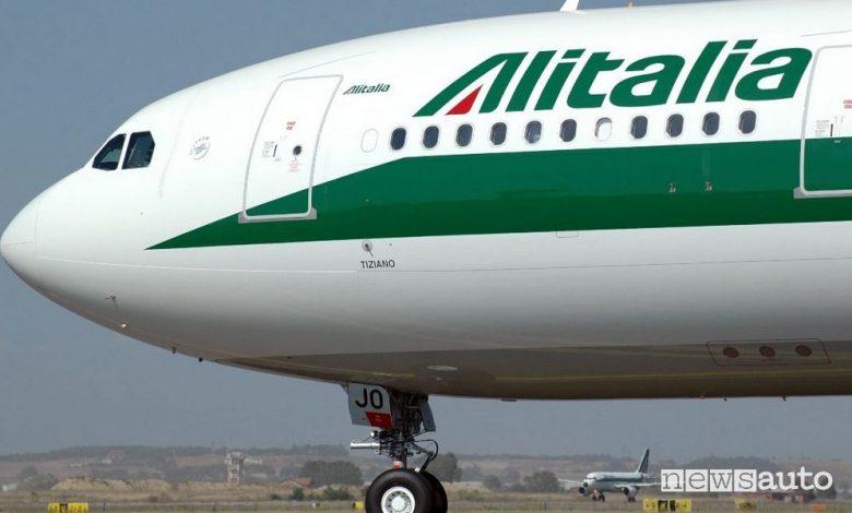 Cambiano i vertici di Alitalia, chi sono il nuovo Presidente e AD