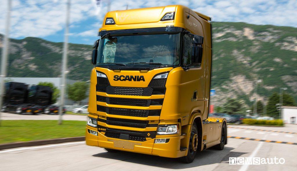 Scania V8 Gold Edition 40th Anniversary