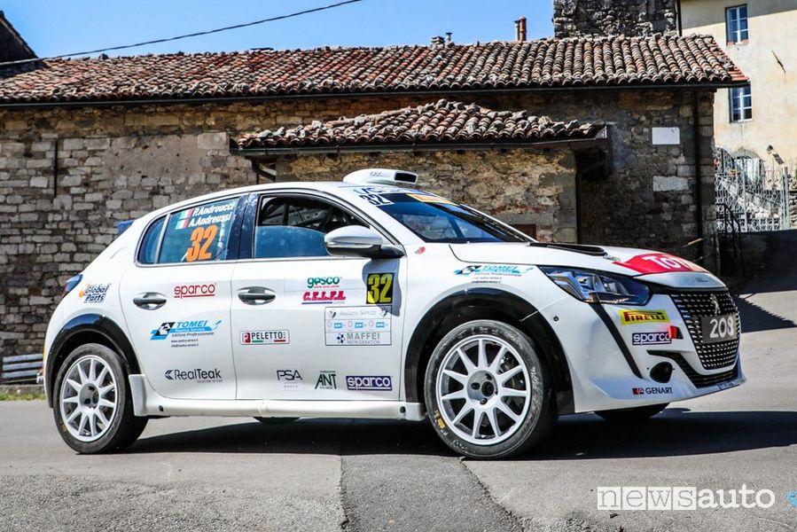 Andreucci e Andreussi nuova Peugeot 208 Rally 4 al Rally il Ciocco 2020