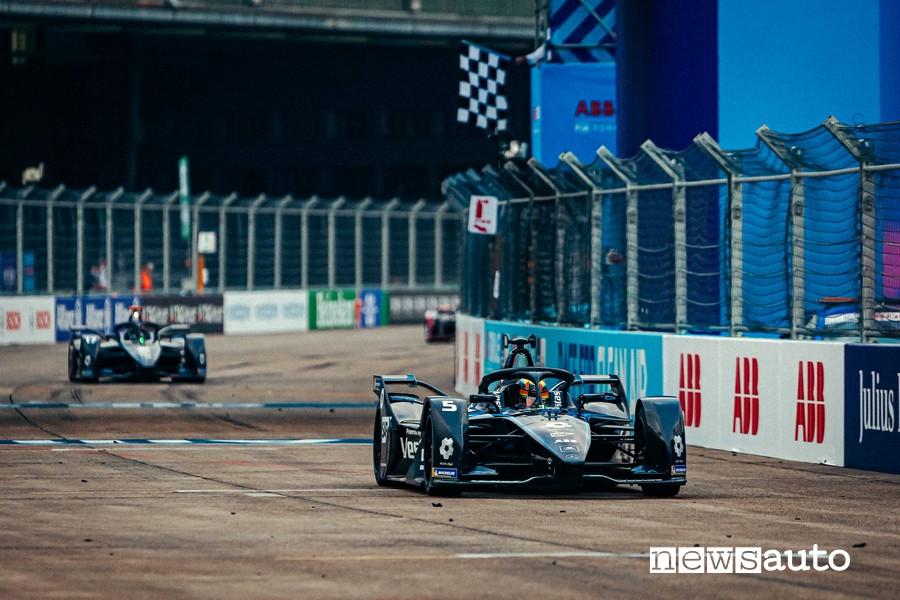 ePrix Berlino 2020 Formula E Stoffel Vandoorne Mercedes