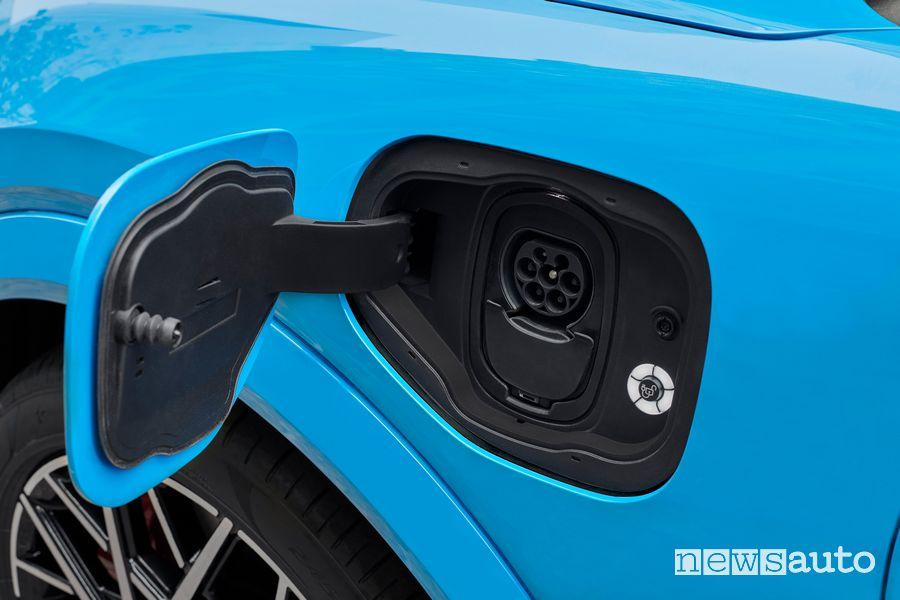 Sportellino per il cavo di ricarica Ford Mustang Mach-E GT
