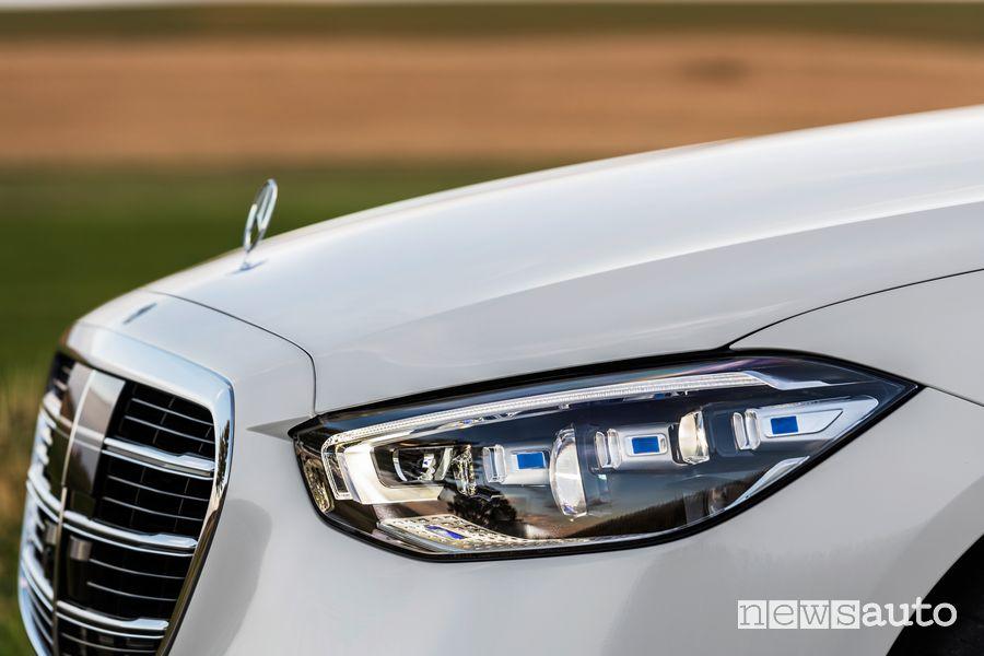 Fari anteriori con tecnologia Digital Light Mercedes-Benz Classe S