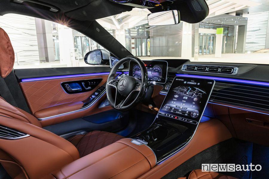 Plancia strumenti abitacolo pelle marrone Mercedes-Benz Classe S