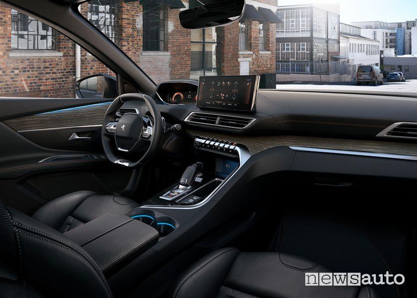 Plancia strumenti i-Cockpit abitacolo nuovo Peugeot 5008
