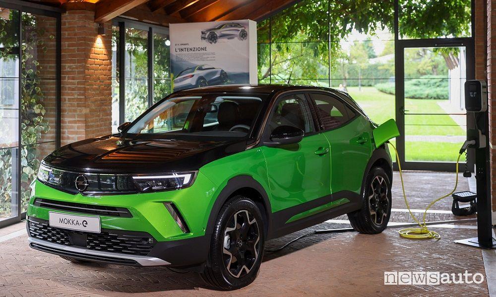 Opel Mokka-e elettrico, caratteristiche, autonomia e prezzi