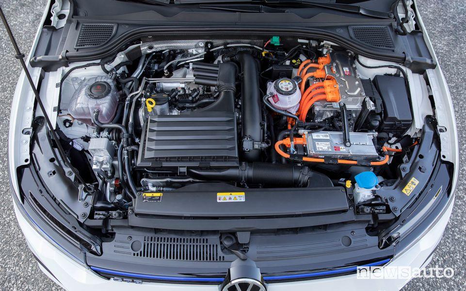 Vano motore ibrido plug-in Volkswagen Golf GTE