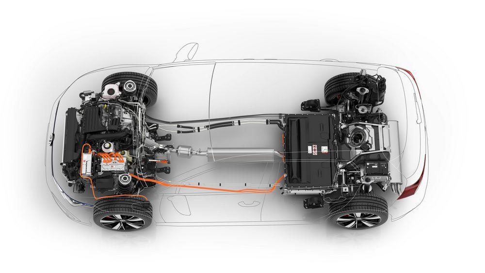 Sistema ibrido plug-in e batteria Volkswagen Golf GTE