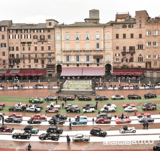 Mille Miglia 2020 a Siena, in Piazza del Campo