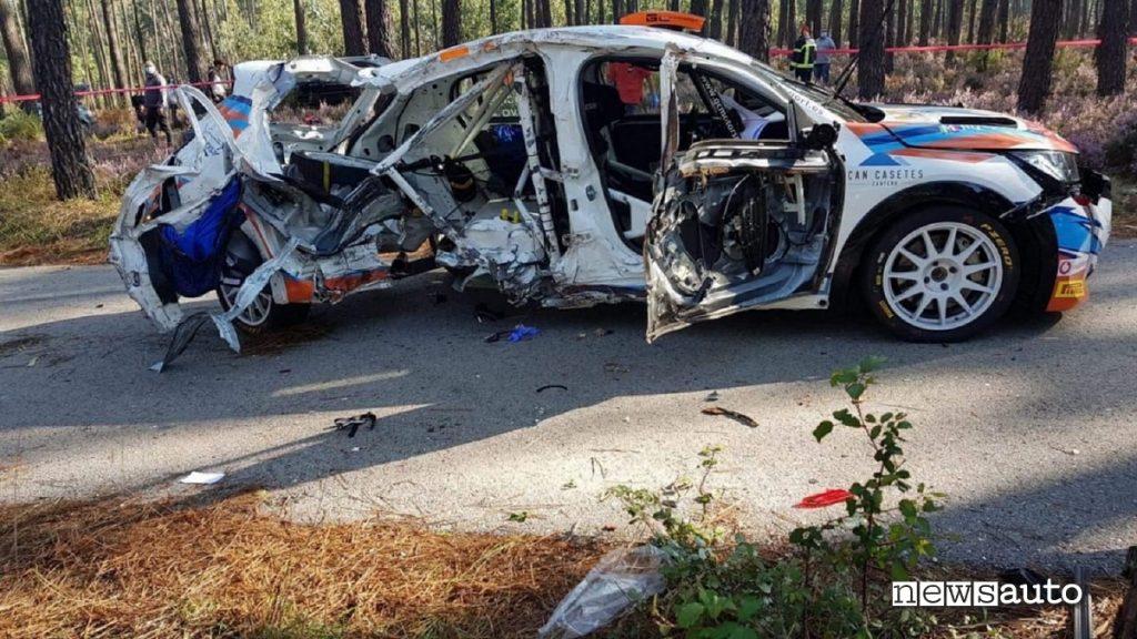 Peugeot 208 incidente mortale portogallo dove la copilota rally laura salvo è deceduta