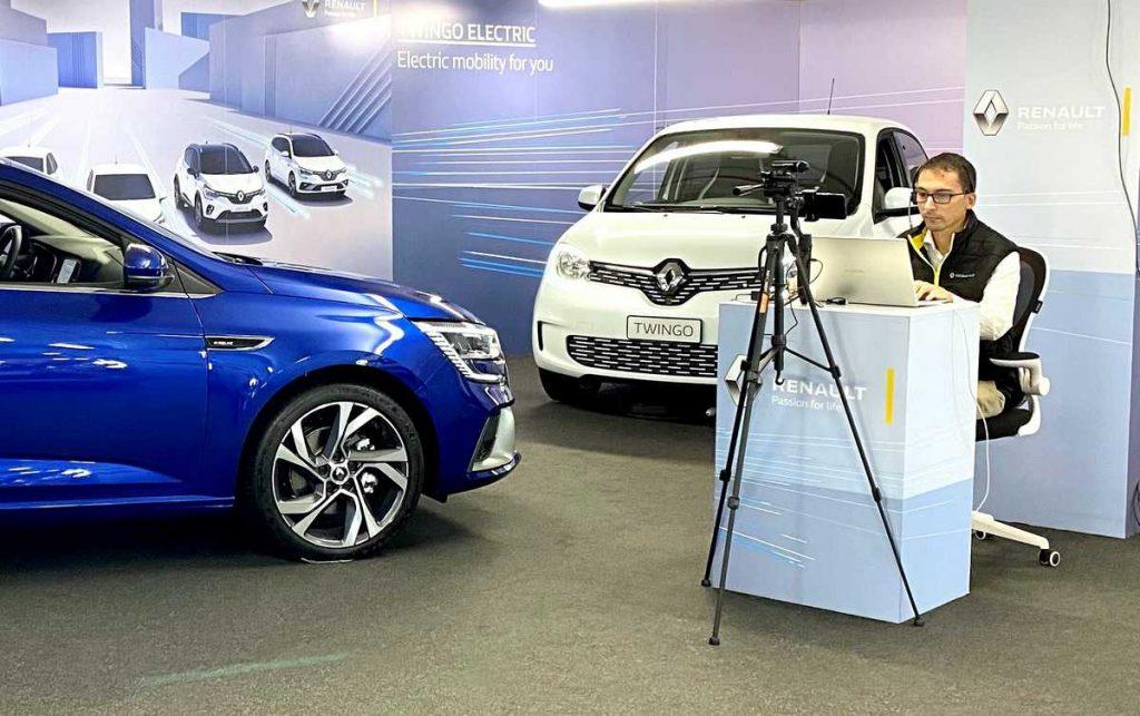 Virtual Showroom di Renault, consulente di vendita virtuale