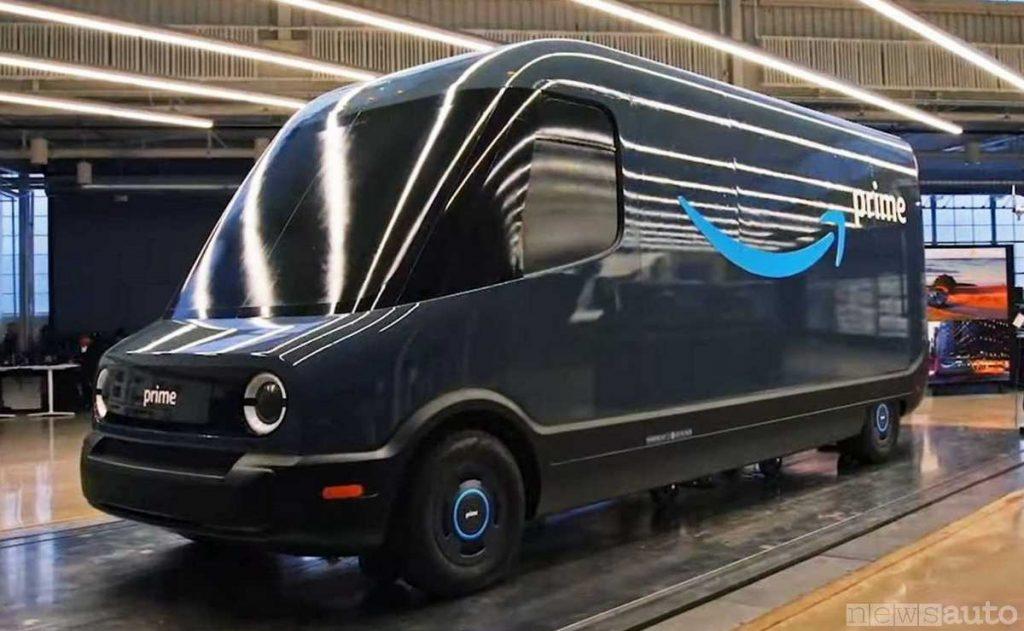 Il furgone elettrico che costruisce Amazon per il trasporto degli ordini e la consegna ai clienti, Amazon Delivery Van