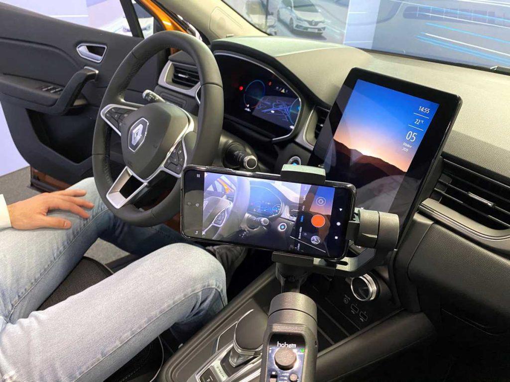 Virtual tour all'interno di una Renault Zoe con il Virtual Showroom di Renault