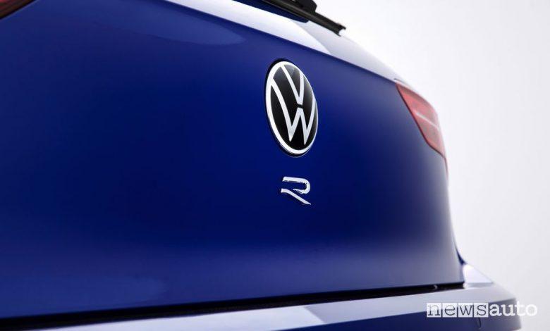 Volkswagen Golf R, come sarà, caratteristiche
