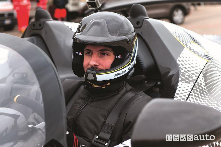 Davide Cironi alla guida della Dallara Stradale