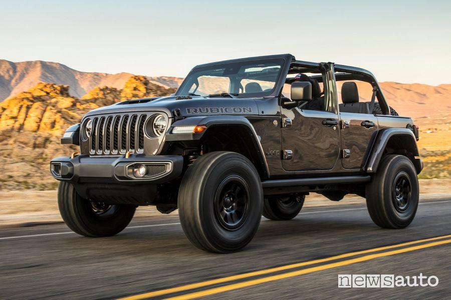 Vista di profilo Jeep Wrangler Rubicon 392 con Jeep Performance Parts