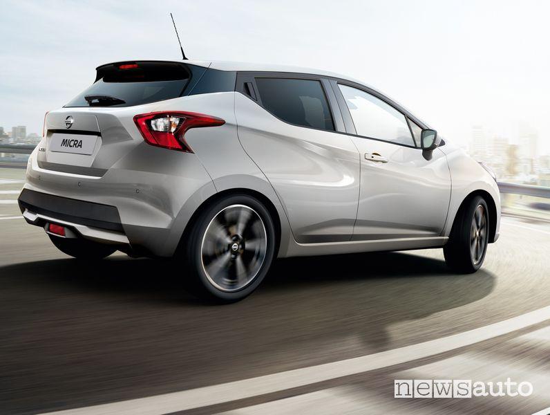 Vista posteriore Nissan Micra N-Sport 2021