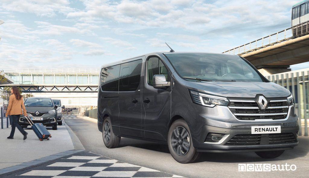 Nuovo Renault Trafic SpaceClass 2021 per il trasporto passeggeri VIP